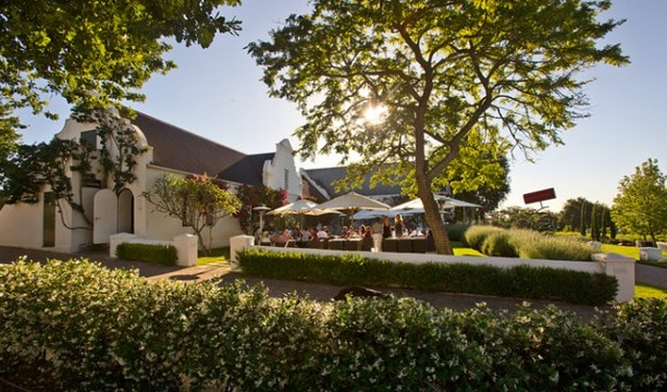 Things to do in Stellenbosch - restaurants on wine farms